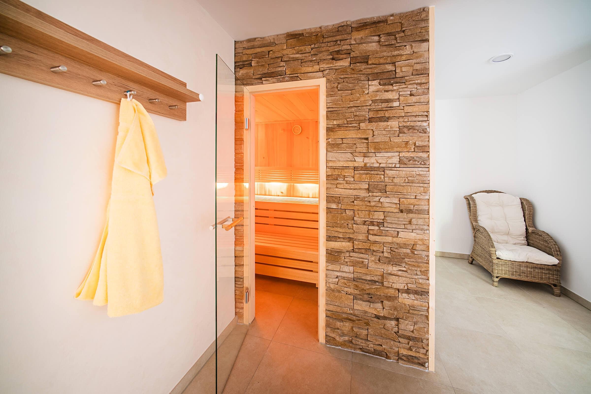Hotel Gasthaus Loewen Buchholz Sauna Detailansicht