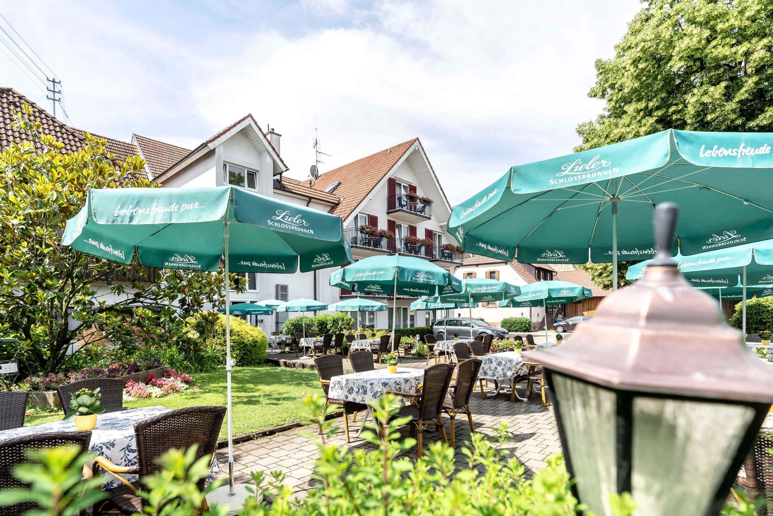 Hotel Gasthaus Loewen Buchholz Terrasse Sonnenschein